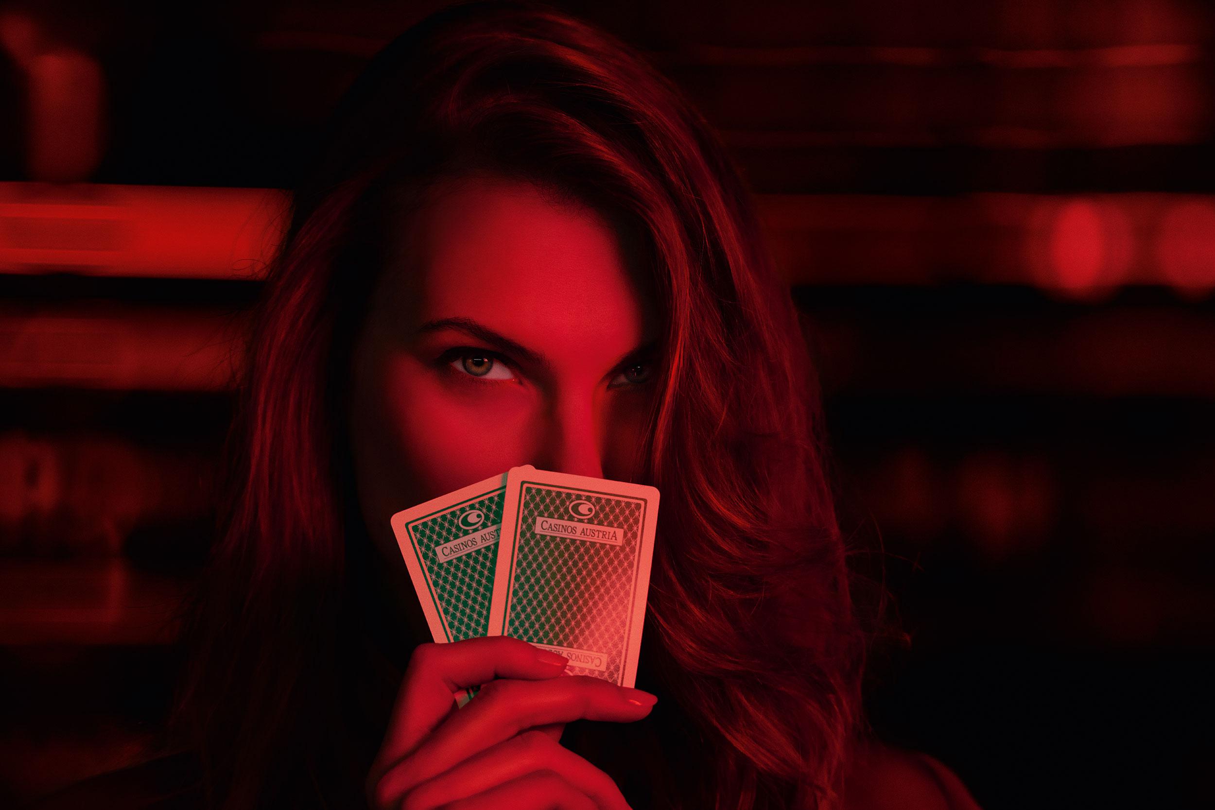 Blaupapier Bildretusche CasinosAustria Karten Jeton